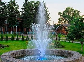 Статический фонтан, фото - cometepool.ru